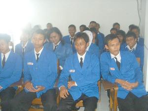 Read more about the article KULIAH SINGKAT DAN LANGSUNG KERJA
